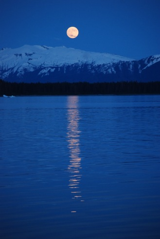 Full moon in Alaska