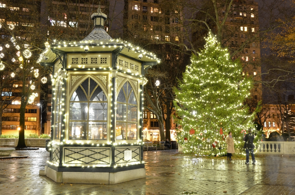 rittenhouse square, philadelphia christmas, philly, urban photography, city of brotherly love